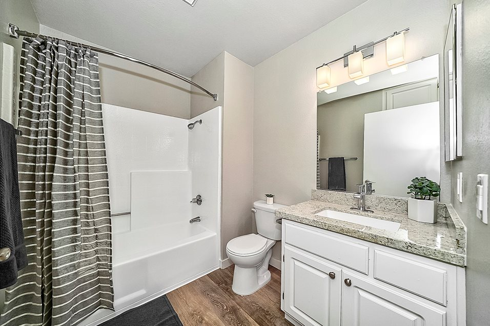 Galleria Apartments Bathroom